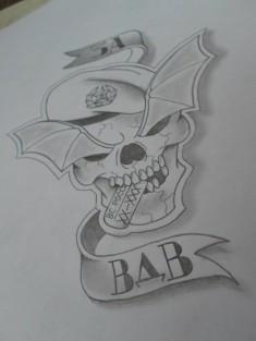 Нарисованный карандашом череп в берете с надписью «За ВДВ»